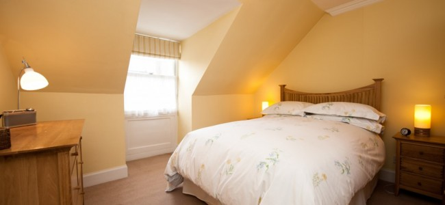 large double bedroom - Balham